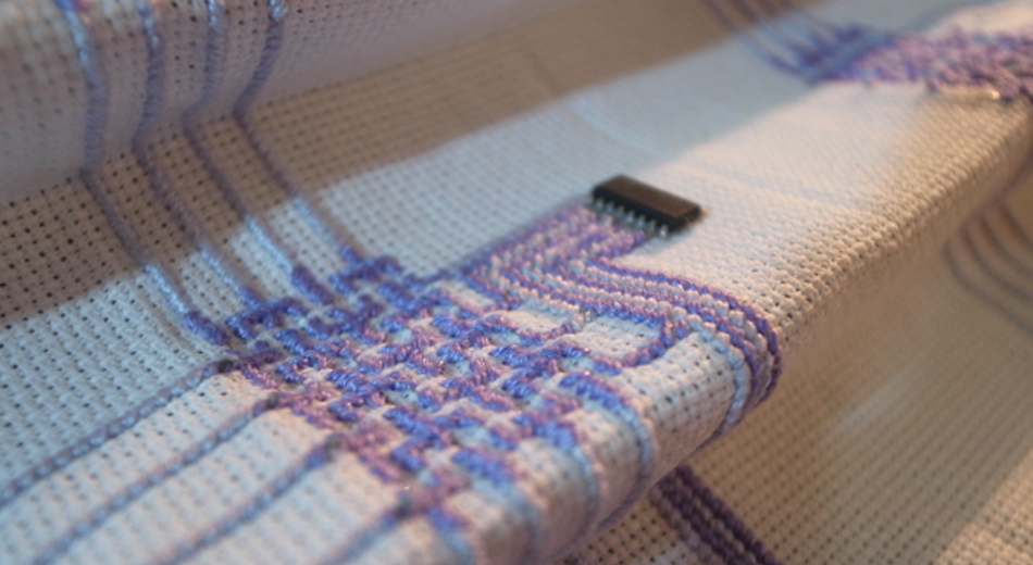 Embroidered_Circuits