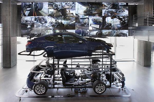 Hyundai-Motorstudio-Seoul-Everyware-installation