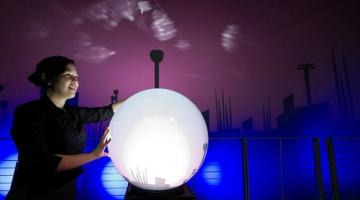 interactive_sphere_installation